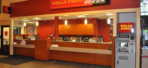 Wells Fargo Advisors is a trade name used by Wells Fargo Clearing Services, LLC and Wells Fargo Advisors Financial Network, LLC, Members SIPC, separate registered broker-dealers and non-bank affiliates of Wells Fargo & Company. Deposit and credit products offered by Wells Fargo .